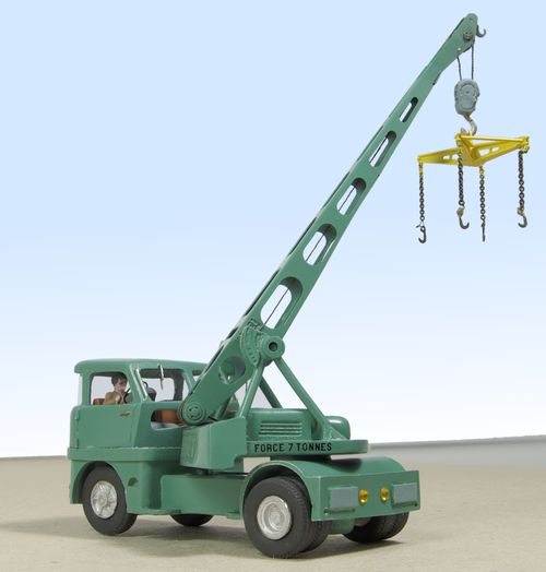Griffet crane jib raised