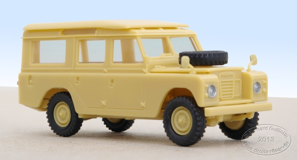 Land Rover 109 Herpa