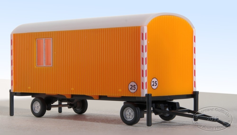 Construction trailer Herpa