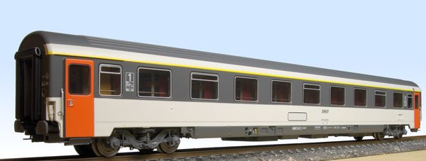 VSE car in Corail livery LS Models