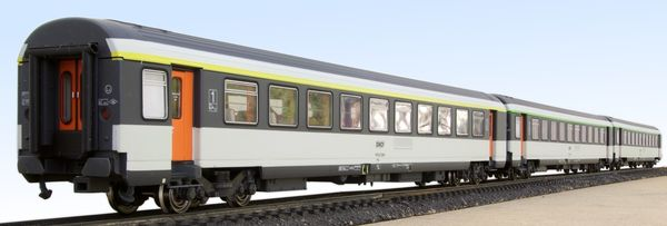 Set of three Corail cars LS Models