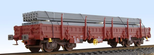 Jouef Remms flat wagon with stakes, loaded