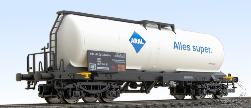 Aral bogie tank wagon of the DB Electrotren