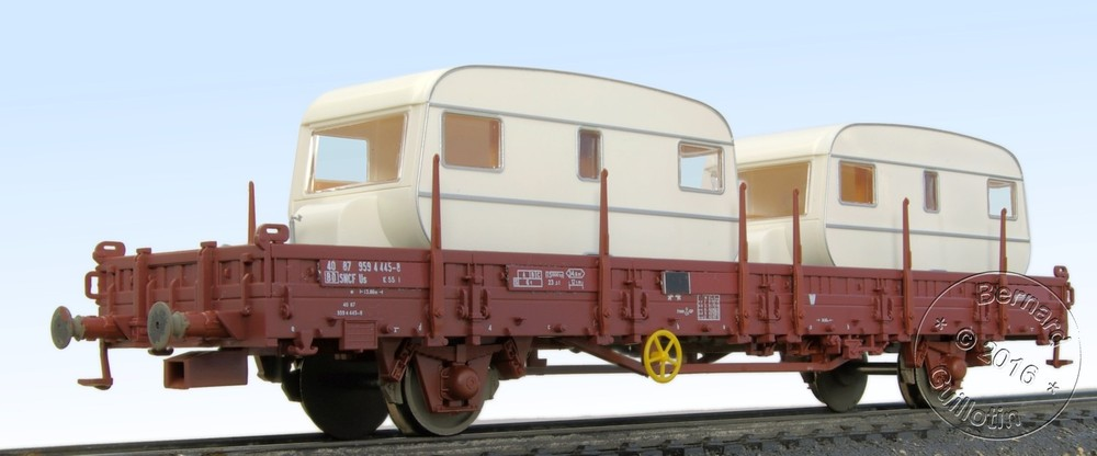 Us ex K5 flat wagon with stakes Roco