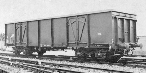 E80 open wagon