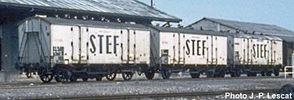 D-standard refrigerated wagon