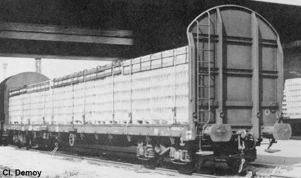 Rloos flat wagon with high ends