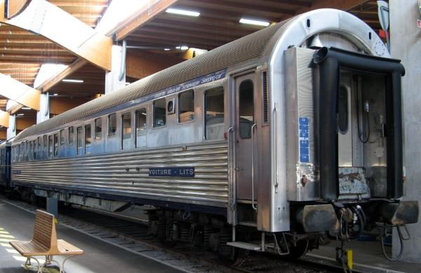 Type P sleeping car