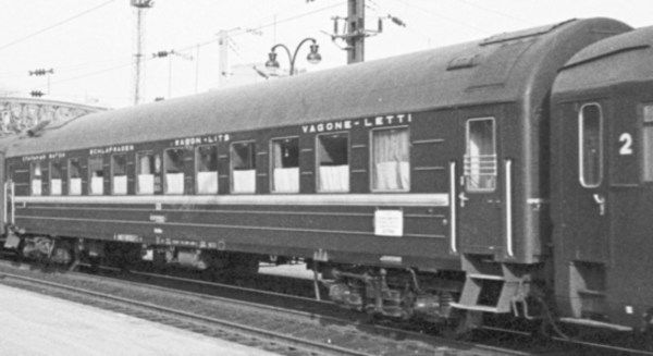 SZD Y-type sleeping car